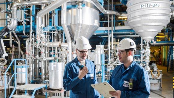 سایت 30o2 عرضه کننده مواد شیمیایی صنعتی و آزمایشگاهی